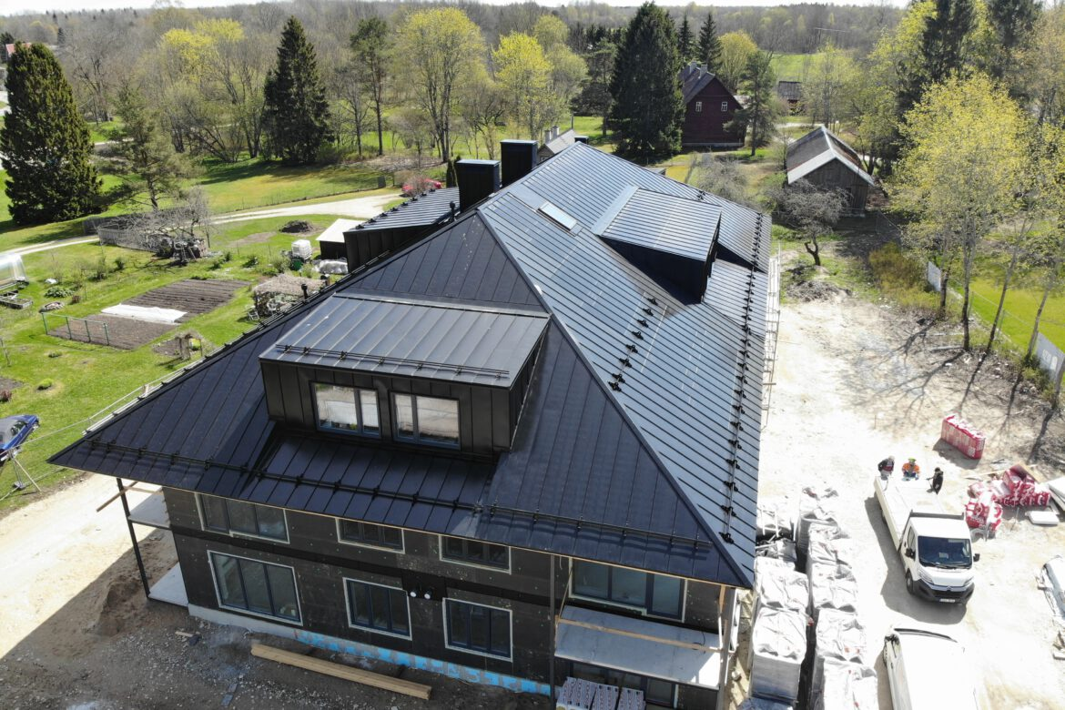 Rental house with Roofit.solar roof